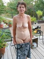 Nude Mom Pictures